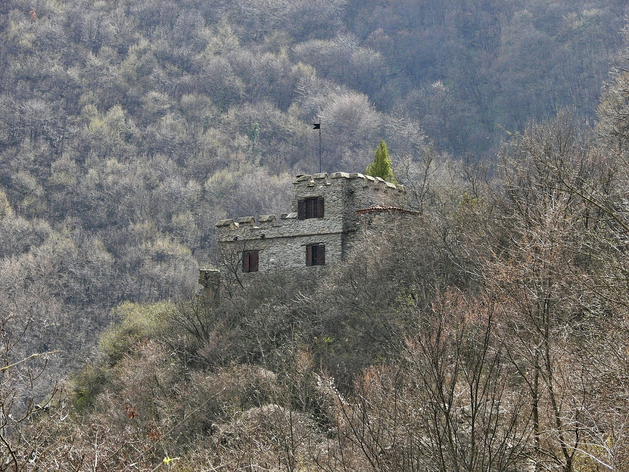 Pancharevo - Attraction Urvich Fortress - Picture 1